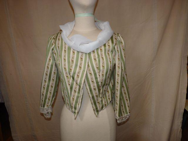 veste rayures vertes et fleurs
