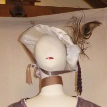 chapeau plume de paon