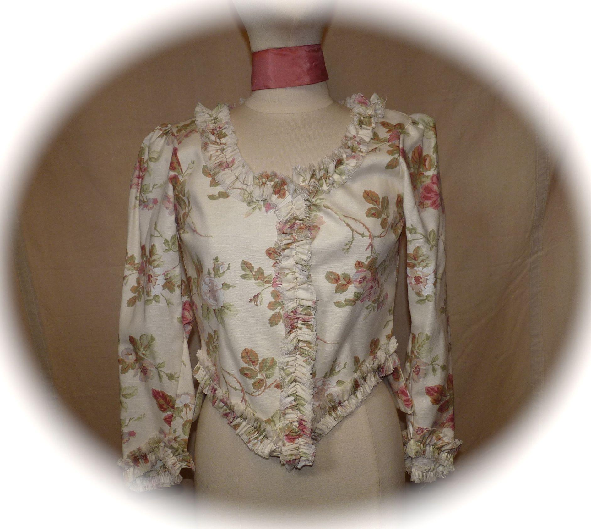 veste fleurs roses et vertes