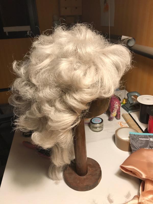 perruque femme fatale